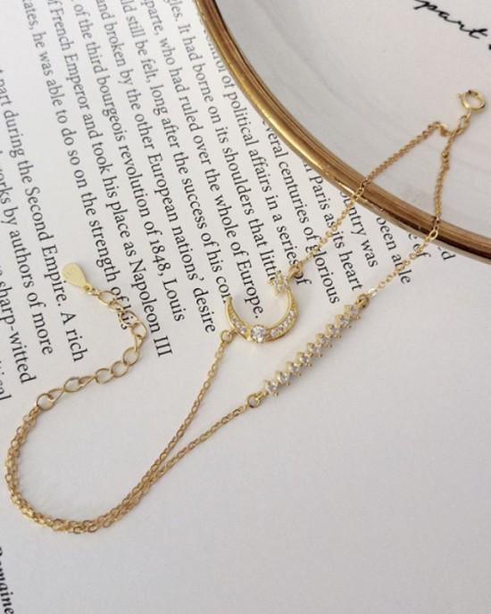 DELIA Crescent Bracelet