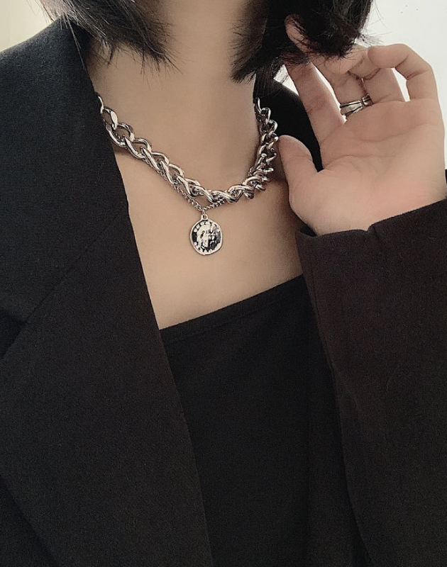 AMOUR DE PARIS Coin Chain Choker