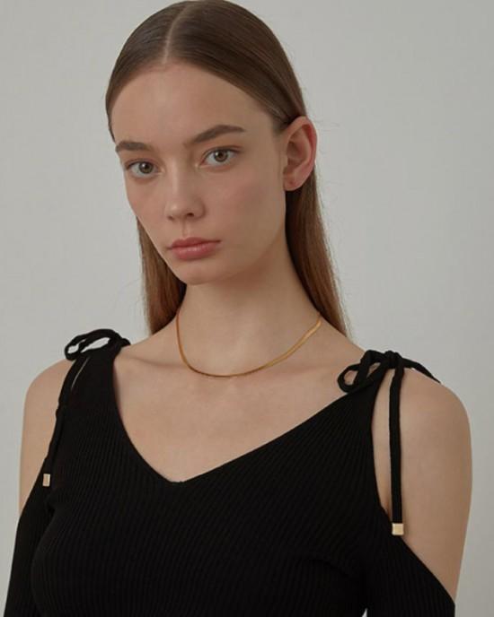 DALINDA Gold Herringbone Chain Choker