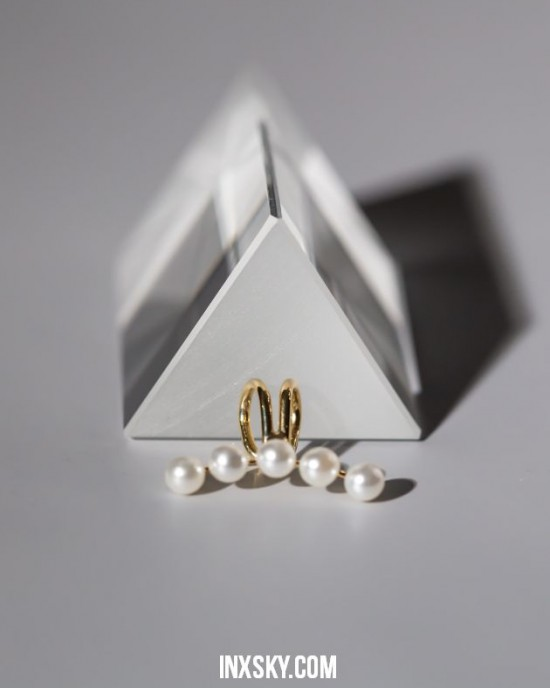 ARIEL Gold Pearl Ear Cuff