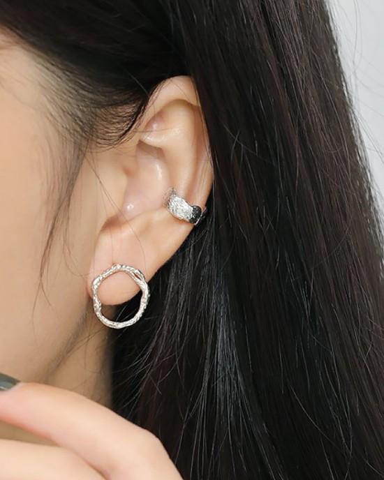 AUBREY Sterling Silver Ear Cuff
