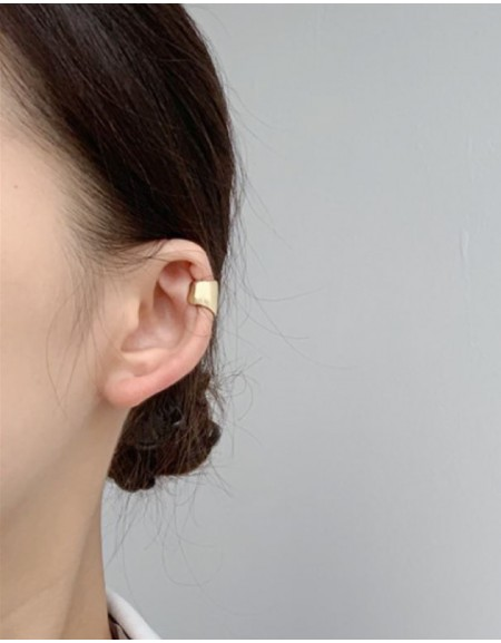 EVA Gold Wide Ear Cuff