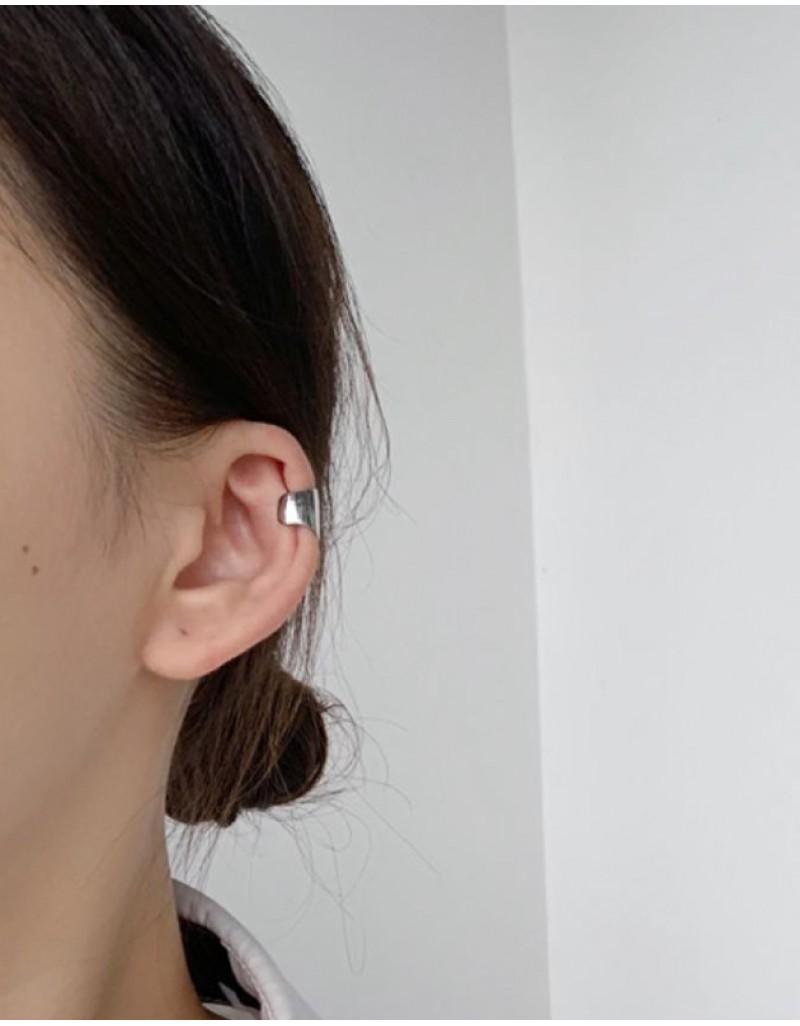 EVA Silver Wide Ear Cuff