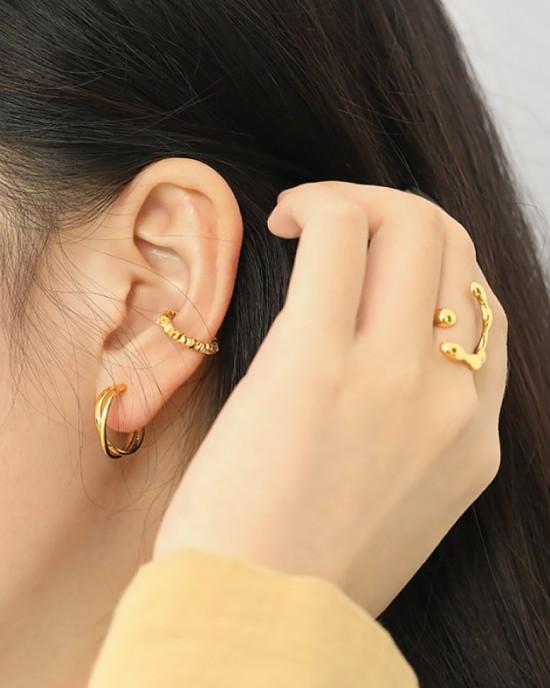 KAMILA Gold Vermeil Ear Cuff