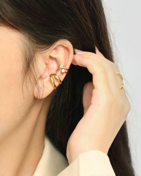 MAGGIE Gold Vermeil Ear Cuff