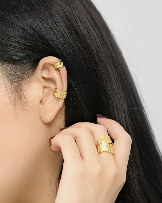 PIA Gold Vermeil Ear Cuff