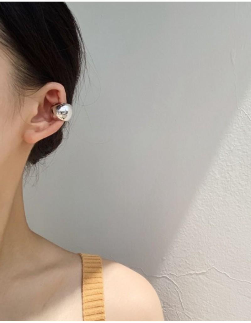 VICKIE Silver Chunky Ear Cuff
