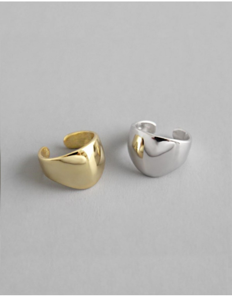 ZOE Silver Ear Cuff