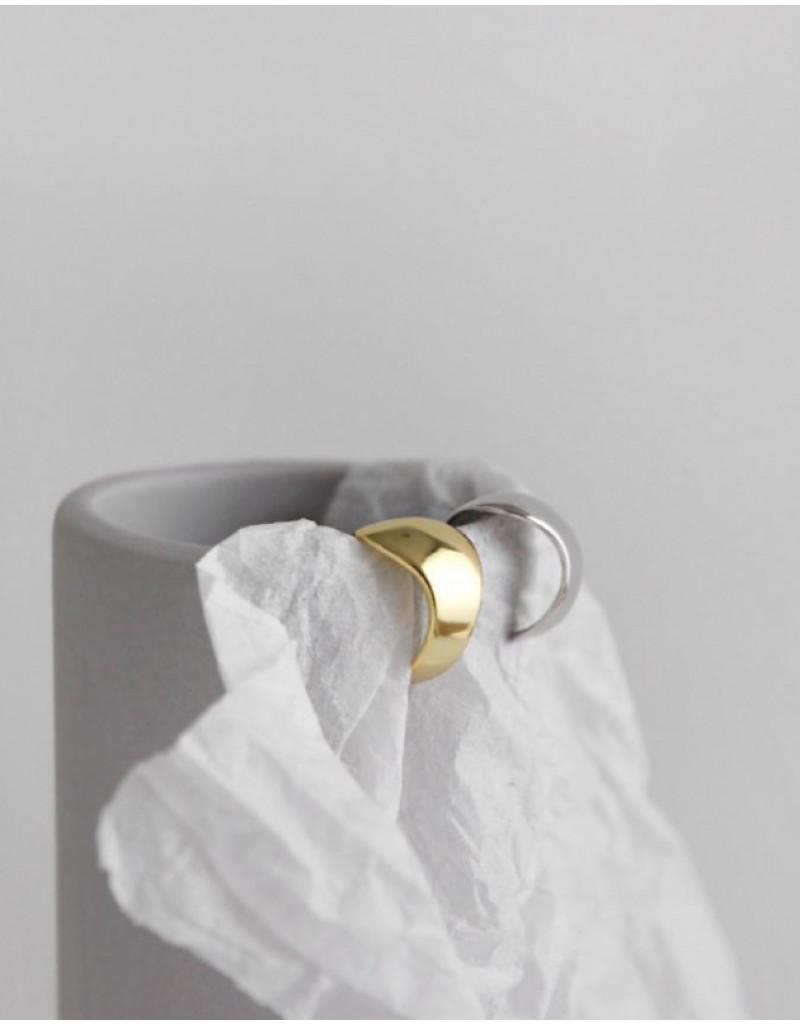 ZOE Gold Ear Cuff