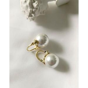 BELLA Pearl Drop Earrings