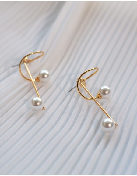 CLEF Pearl Earrings