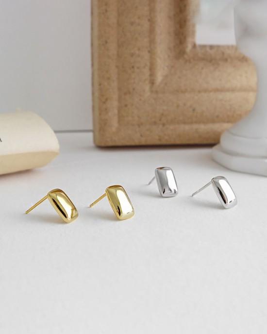 IDA Sterling Silver Stud Earrings