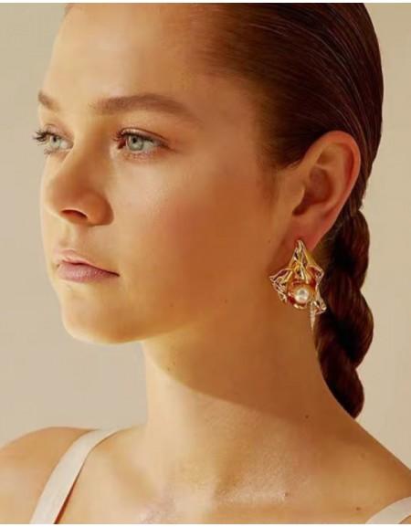 JOSÉPHINE Gold Pearl Earrings