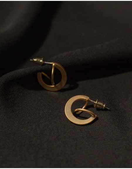 PACMAN Matte Gold Earrings