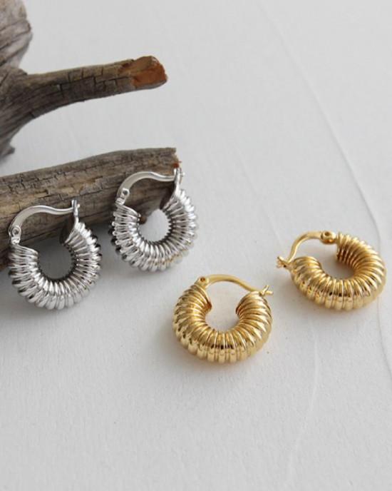 BEA Gold Hoop Earrings