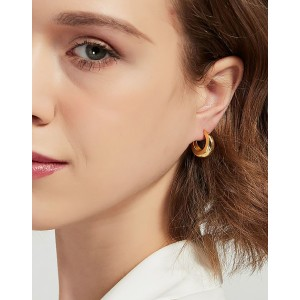 CLARA Gold Vermeil Hoop Earrings