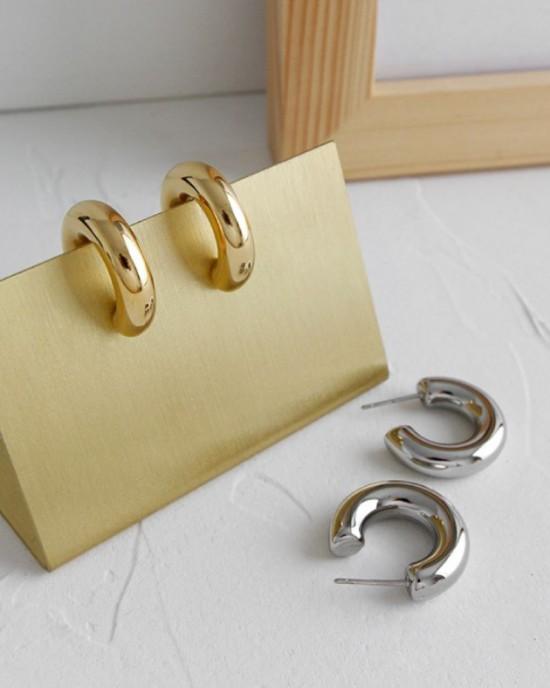 DORA Gold Hoop Earrings