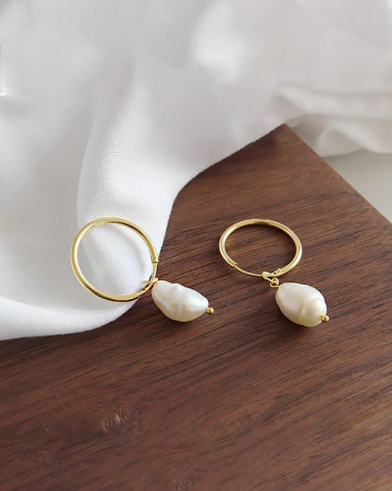 JULIETTE Gold Baroque Pearl Earrings