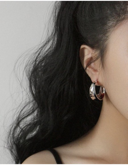 KIARA Silver Hoop Earrings