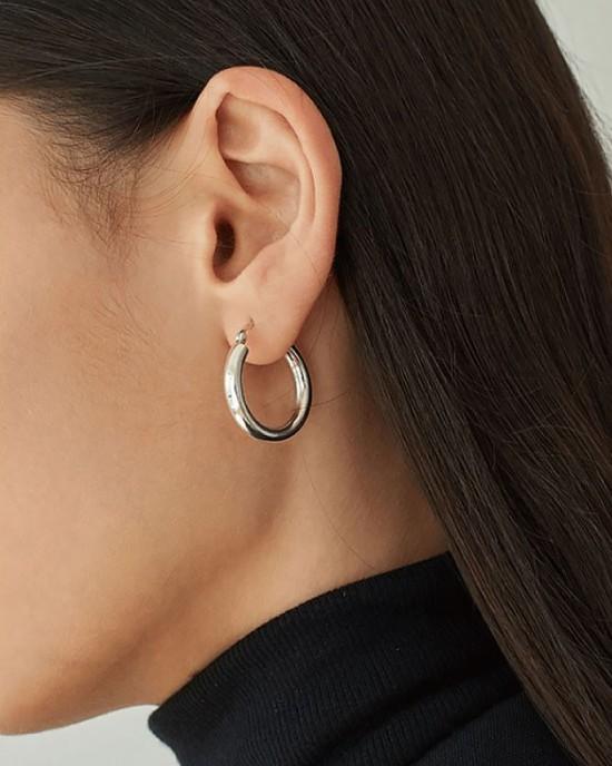 LISA Sterling Silver Hoop Earrings   Large