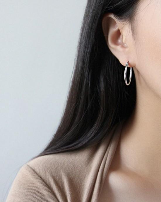 LISA Sterling Silver Hoop Earrings | Large
