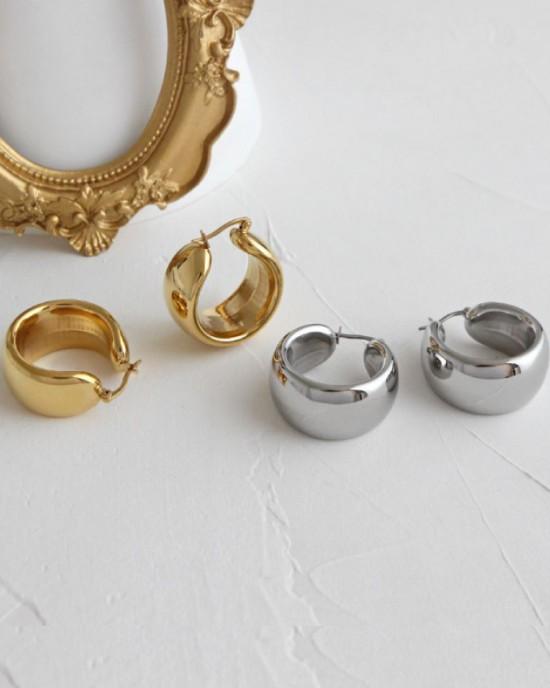 MADISON Gold Hoop Earrings