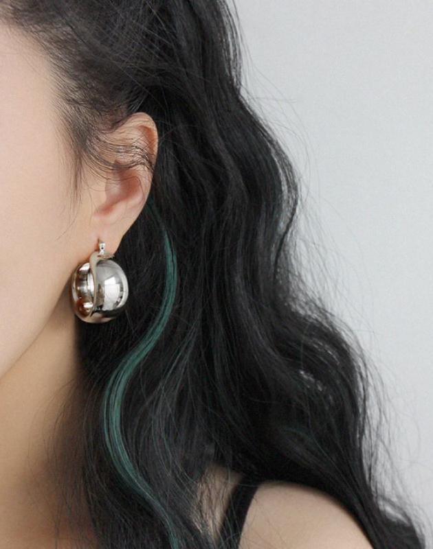 MADISON Silver Hoop Earrings