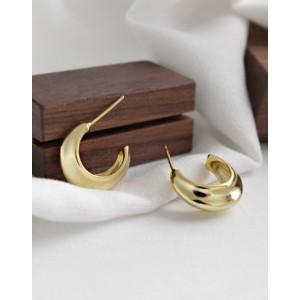 WILLOW Gold Hoop Earrings