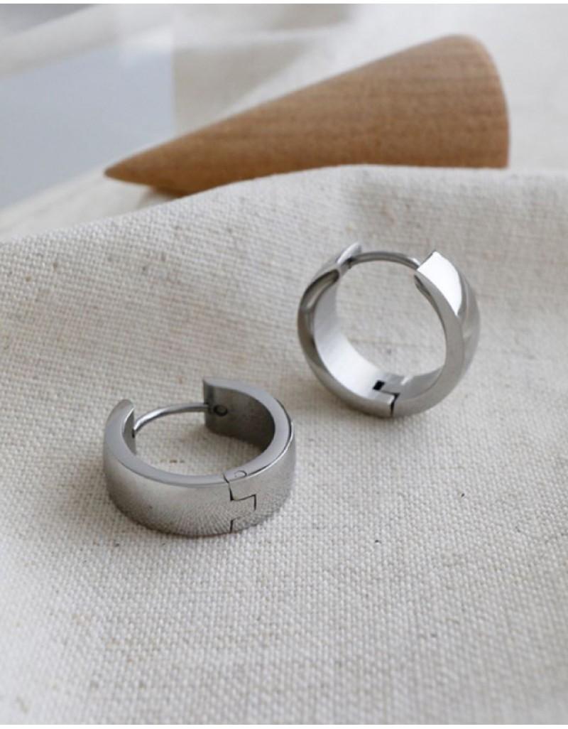 DANA Silver Huggies   Medium & Wide