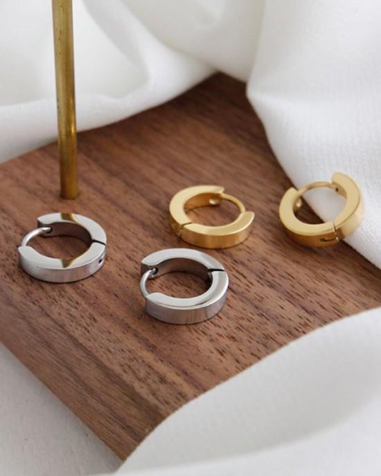 DANA Gold Huggies | Small & Thin