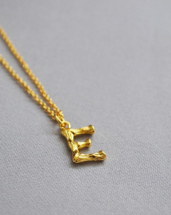 ALPHABET Necklace | Letter E