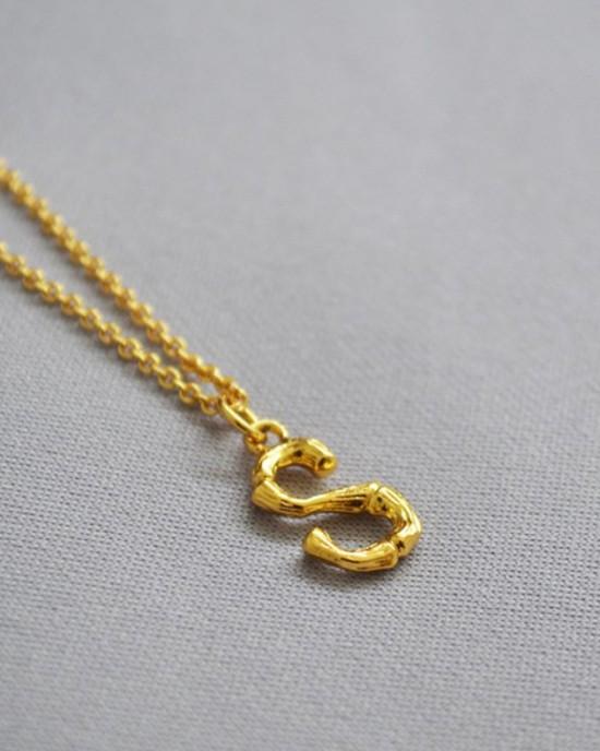 ALPHABET Necklace | Letter S
