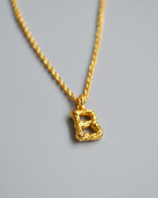 ALPHABET Necklace   Letter B