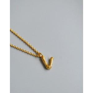 ALPHABET Necklace | Letter V