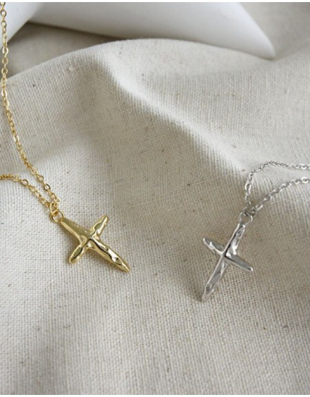 CRUCIFIX Silver Pendant Necklace