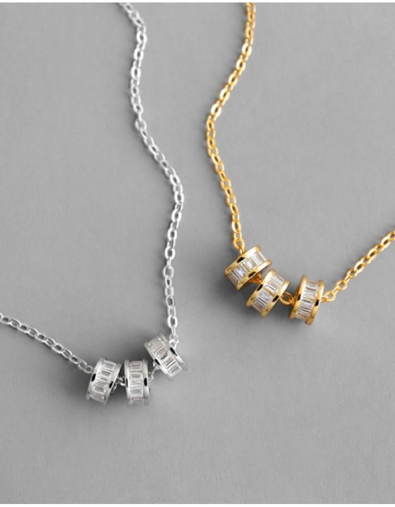LUCKY Silver Pendant Necklace