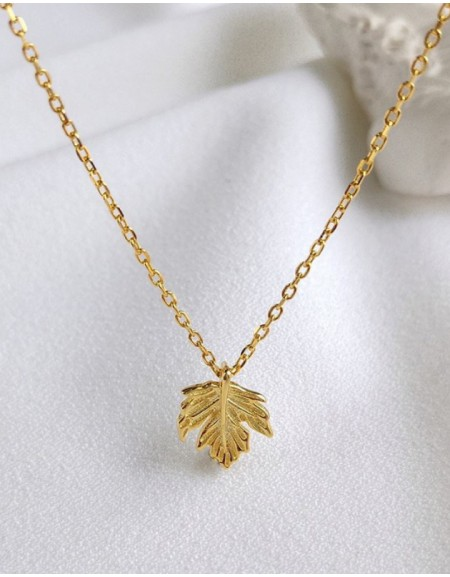 MAPLE LEAF Gold Vermeil Necklace
