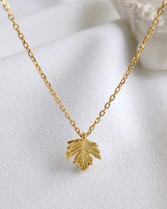 MAPLE LEAF Gold Vermeil Necklace