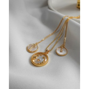 NACRE BUTTON Necklace