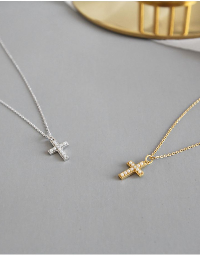 PEARL CROSS Silver Pendant Necklace