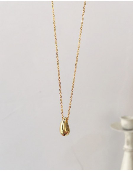 TEARDROP Gold Pendant Necklace