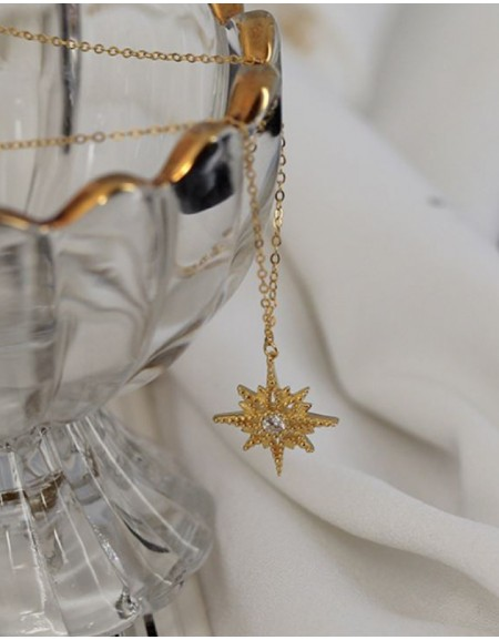 VERGINA STAR Pendant Necklace