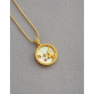 CAPRICORN Zodiac Nacre Button Necklace