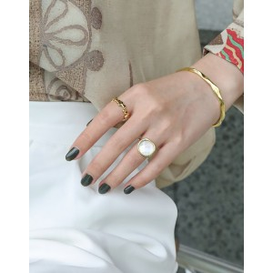 APHRODITE Gold Vermeil Nacre Ring