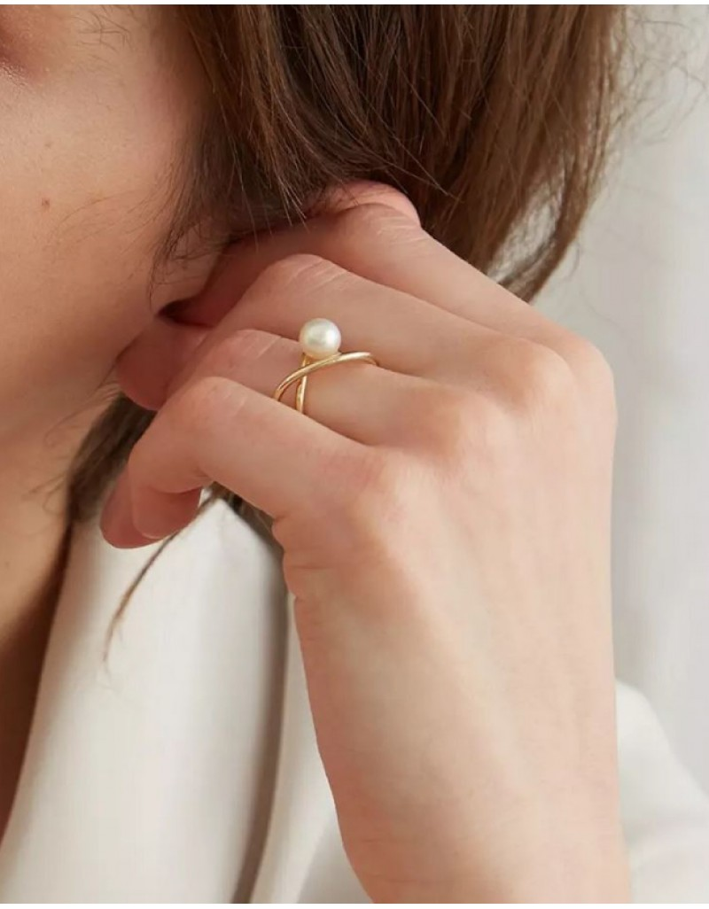 APOLLINE Gold Pearl Ring