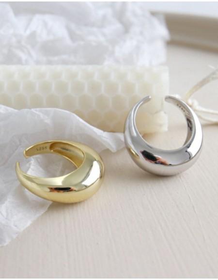 CLARA Gold Vermeil Dome Ring