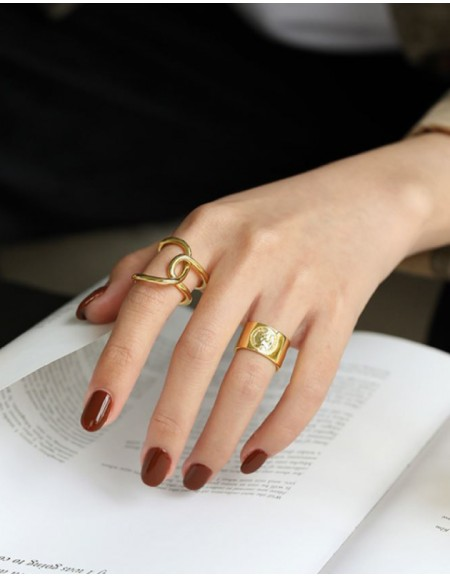 ELIZABETH Gold Boyfriend Stacker Ring