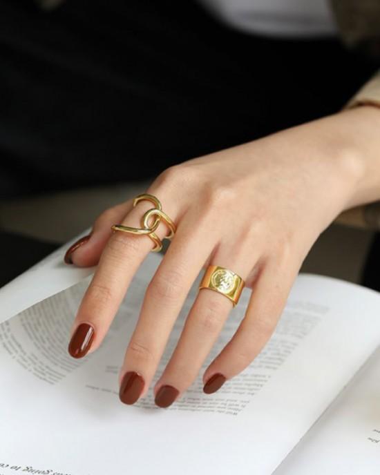 ELIZABETH Gold Boyfriend Stacker Ring