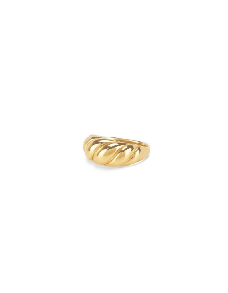 ELOISE Gold Croissant Dome Ring