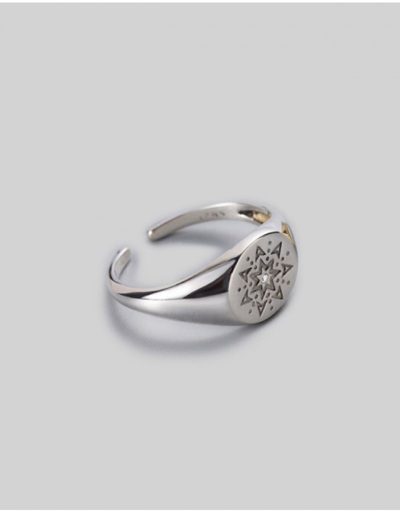 ELVEN Silver Signet Ring